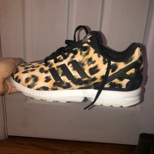 Adidas leopard shoes